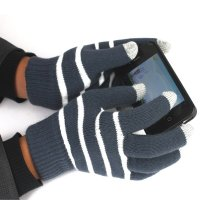 STRIPED WINTER GLOVES FOR TOUCHSCREENS